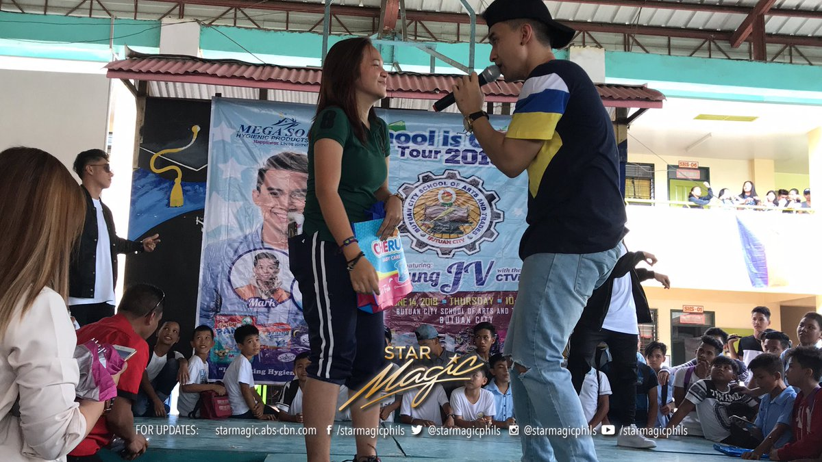 #2018MegasoftSchoolIsCoolTour #YoungJVxMegaSoft Back to School Tour 52nd Leg in Butuan City School of Arts and Trades