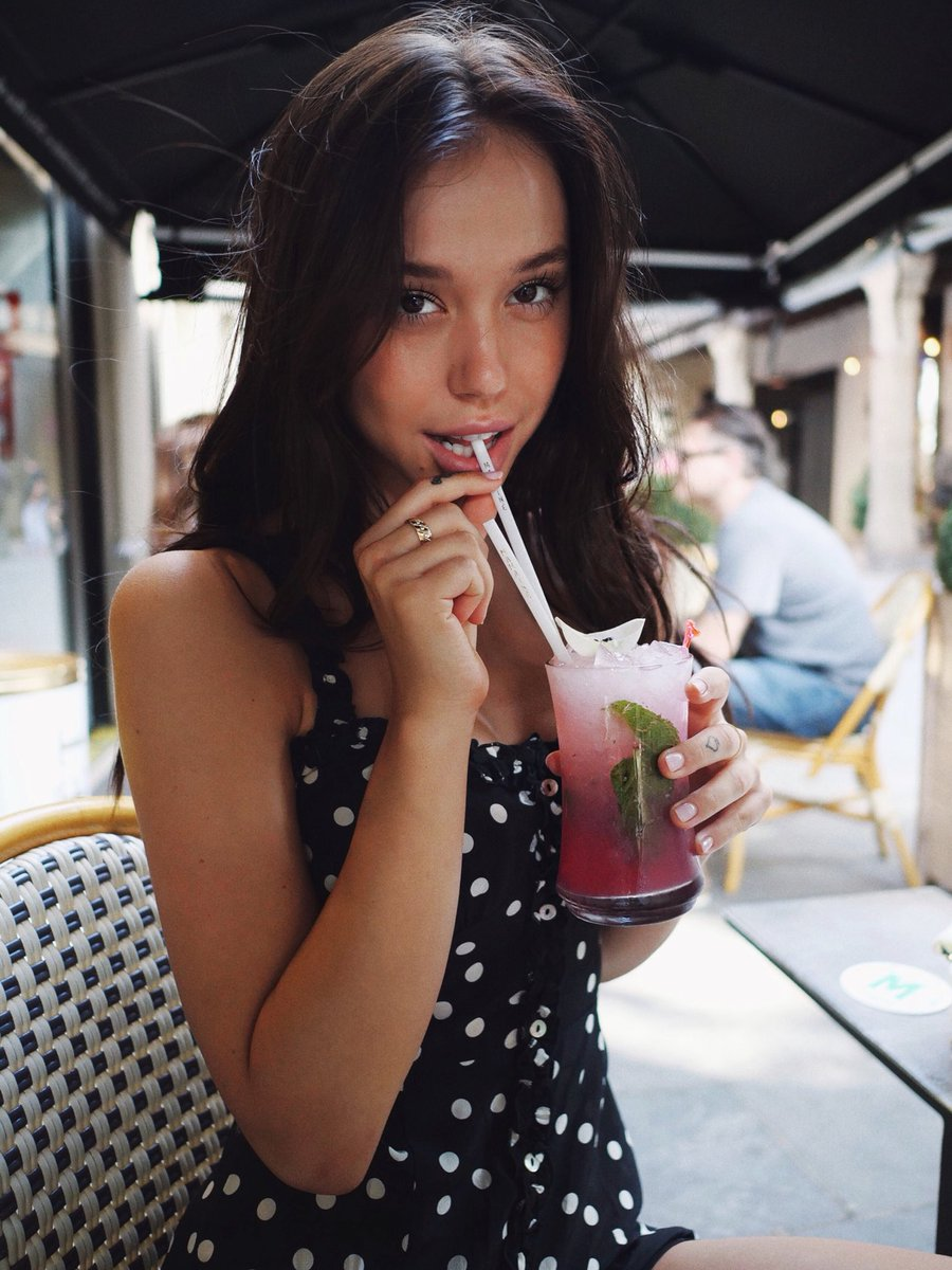 Twitter Alexis Ren nude (27 foto and video), Pussy, Fappening, Feet, butt 2020