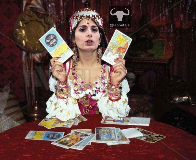 Caso #Lanzalone, la Raggi vuole prima vedere le carte. #StadioDellaRoma Photo