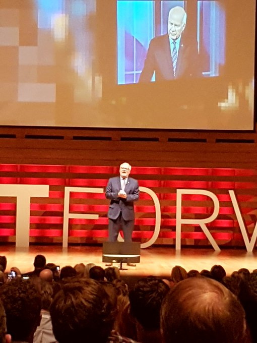 Great to listen to Peter Mansbridge speak at the conference today! #GoreMutual #FastForward Photo