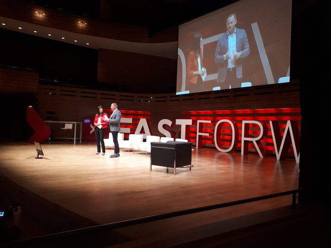 Paul Jackson and Lyndsay Monk close out the interactive and engaging panel sessions as we wrap up the idea accelerator here at #Fastforward #goremutual Photo