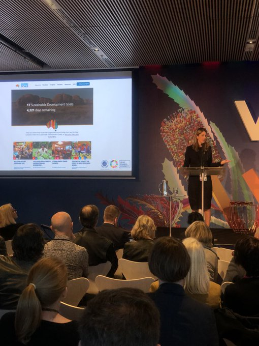 Cate Harris @globalcompactAU launches Australia's dedicates SDG website! #BanksiaIgnite #VividSydney Photo