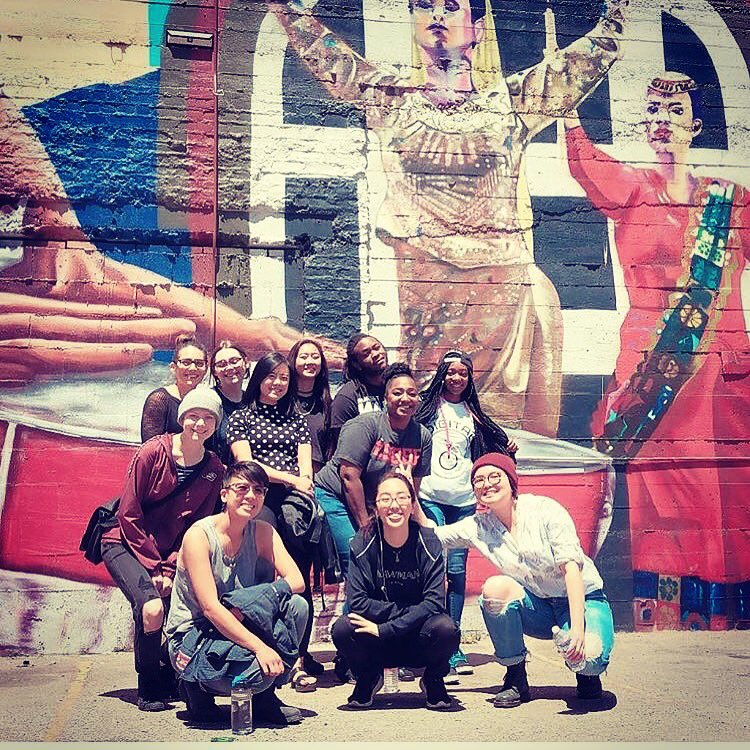 Today, Mural Walk through Downtown #Oakland with the awesome summer apprentices of @oaklanddigital! Watching art and society shape one another!<br>http://pic.twitter.com/9OSQaAlagA