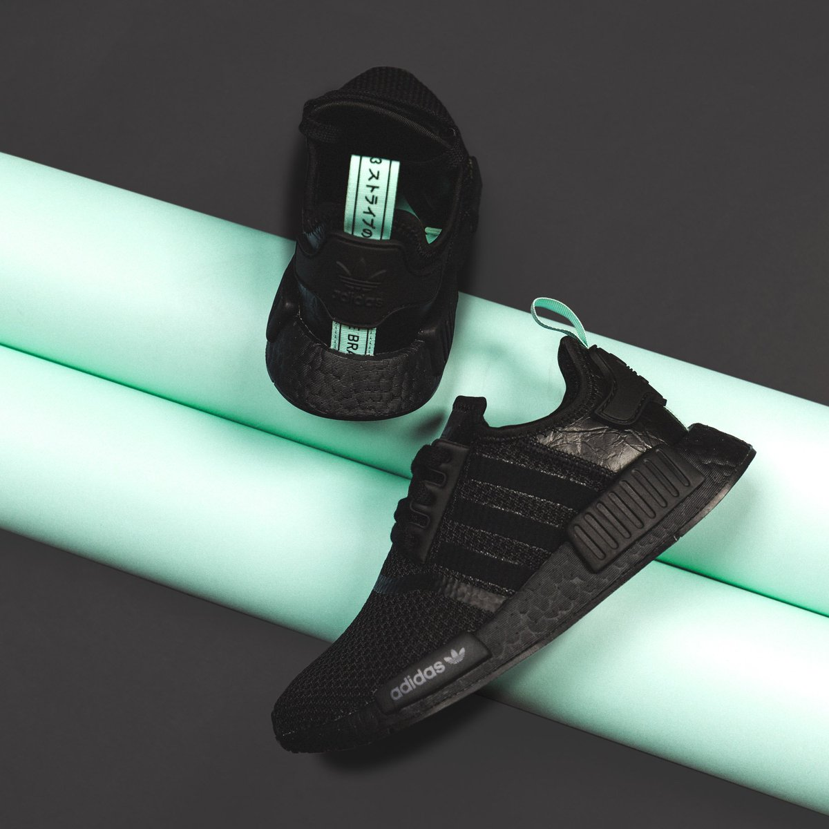 57e1eaa5bc7f8 The women s Adidas NMD R1 in core black   clear mint is available now at  https   buff.ly 2Msaiq0 .pic.twitter.com 9KZzyw126f