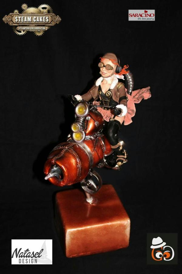 #Steampunk ⚙️ Awesome of the Day: Biker on Motorcycle #Cake 🍰 Collaboration with Gregoire Goel by @CakesDecor #SamaCake