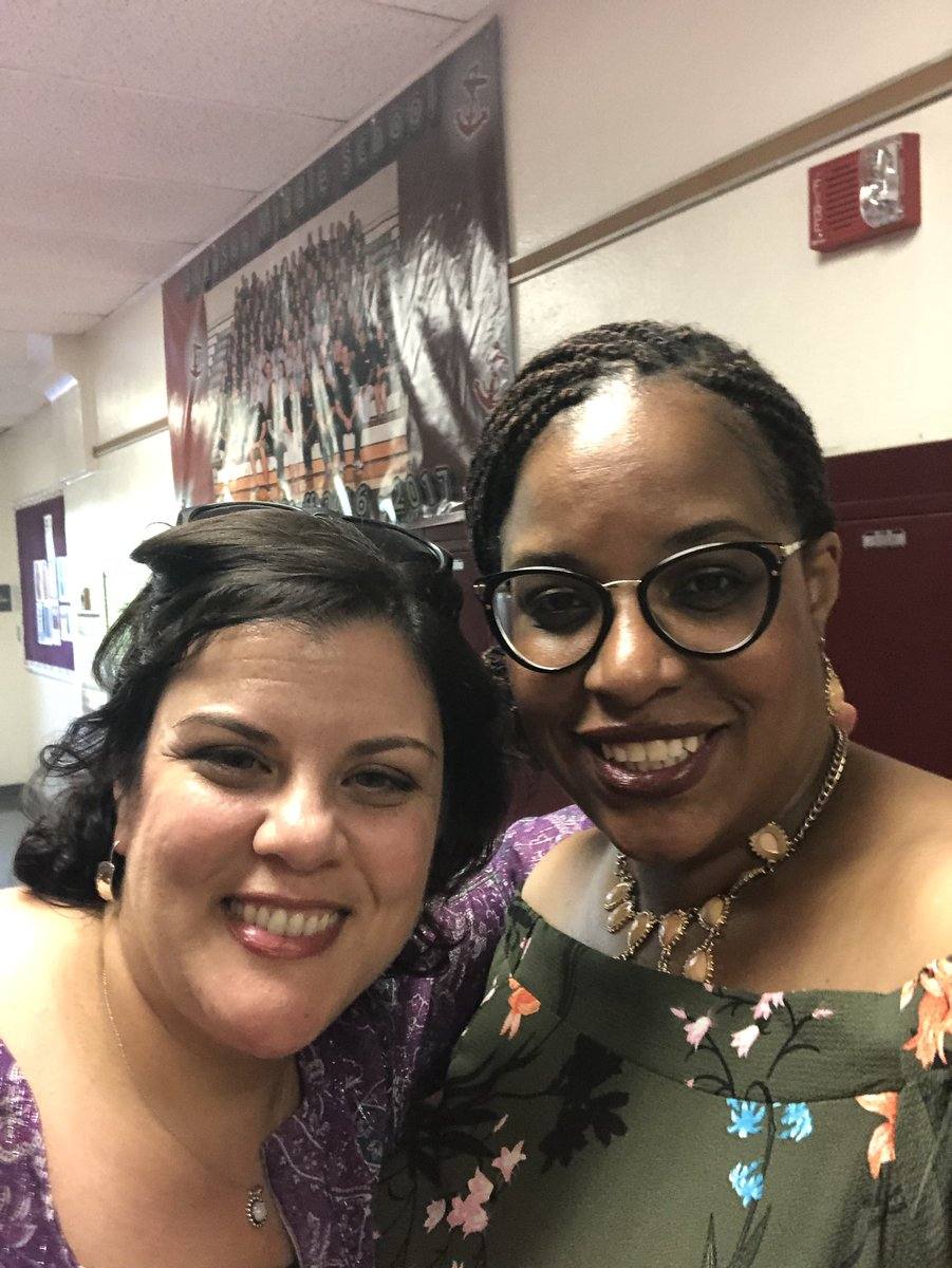 RT <a target='_blank' href='http://twitter.com/ReneeHarber'>@ReneeHarber</a>: We had a ball! 8th grade knows how party! <a target='_blank' href='http://twitter.com/SwansonAdmirals'>@SwansonAdmirals</a> <a target='_blank' href='https://t.co/6l5uEk58U4'>https://t.co/6l5uEk58U4</a>