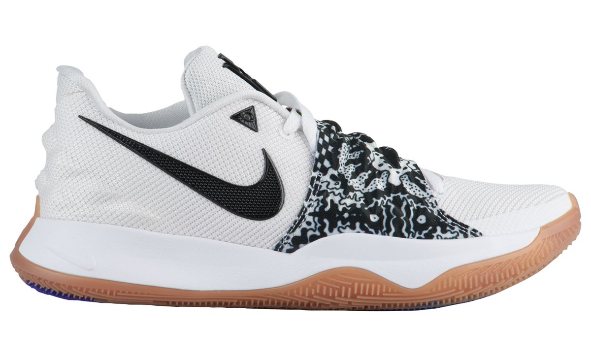 28718770d6f2 ... a Mix of Several Sneakers You Know » https   weartesters.com this-may-be-nike-kyrie-4-low-mix-several-sneakers-you-know   …pic.twitter.com R9y86UYF0R