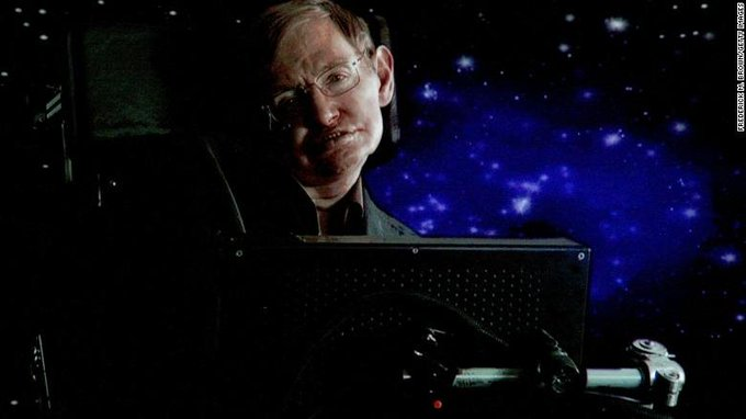 Renowned physicist Stephen Hawking spent his life teaching the world about space, so it is perhaps fitting that scientists plan to use an antenna to beam his voice some 3,500 light years from Earth, toward a black hole ภาพถ่าย