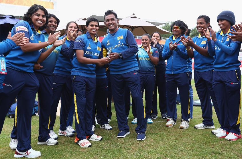 DftJ1dCX0AATW3s - Sri Lanka Head Coach Resigns Before The End Of His Tenure
