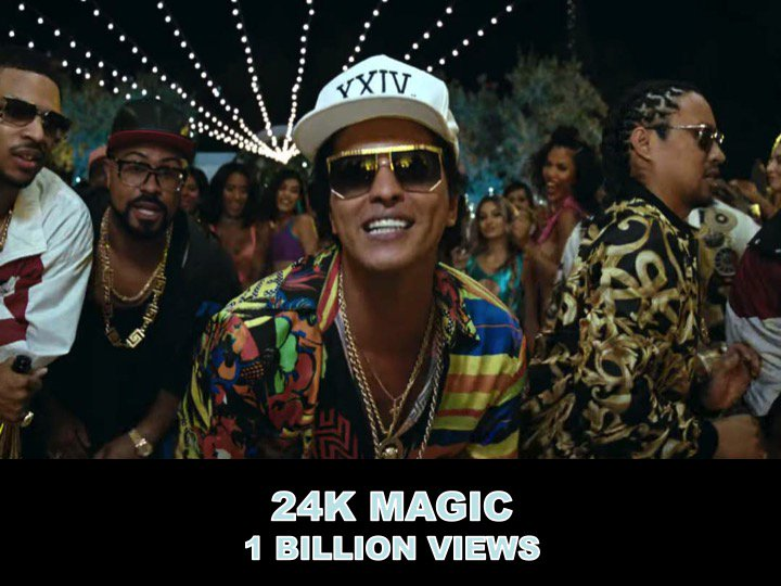 #BrunoMars' #24KMagic MV surpasses 1 BILLION views!👏🎞️🍾🎉🌟🎇 facebook.com/worldmusicawar…