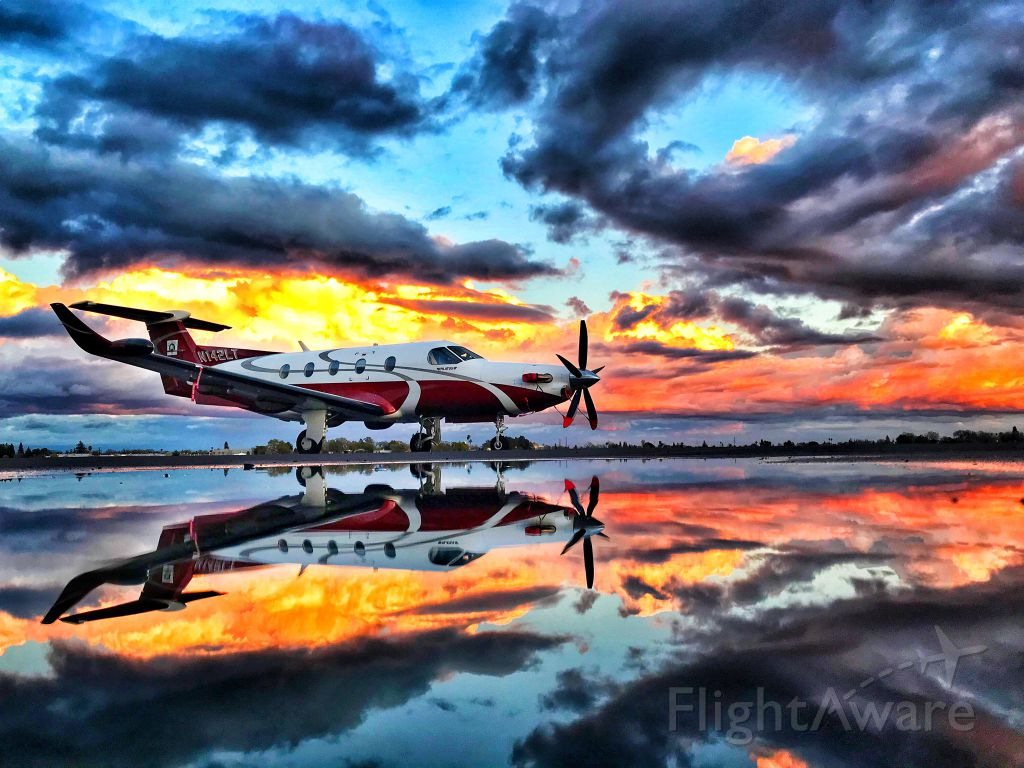 Jtw Pilot Channel On Twitter Beautiful Pilatus Pc 12