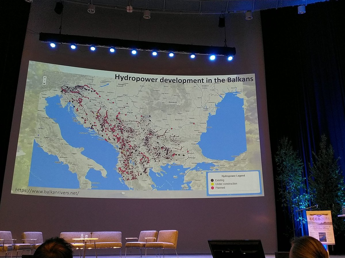 #Freshwater #ecosystems may be biggest losers from push for #hydropower under #Paris #CO2 agreements @leo_bne #eccb2018 <br>http://pic.twitter.com/hJvYEvDcVo