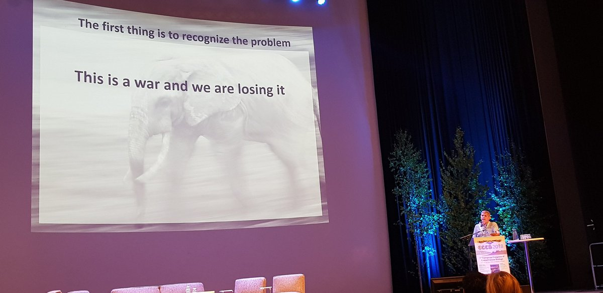 Touched by the talk by Luis Arranz at #ECCB2018 on threats to biodiversity and National Parks in Central Africa. He is facing a real war to protect our nature, with hundreds of children kidnapped and dozens of guards killed by poachers. And we are losing the war. <br>http://pic.twitter.com/9k01MRz3CU