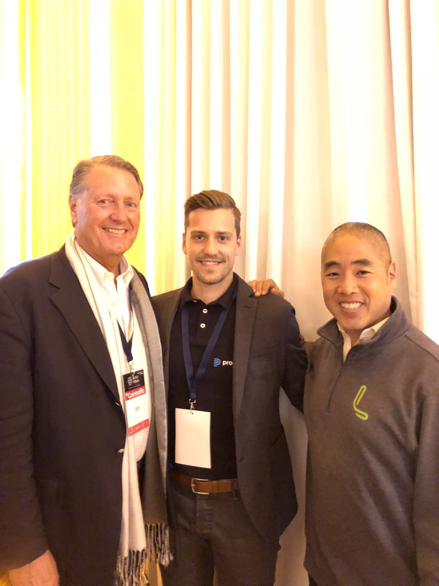 With @JeffBurton, @EA co-founder & @MikoMatsumura from @everc0in. #blockforum #startupcompetition #top20ico https://t.co/6HJGGePEp4