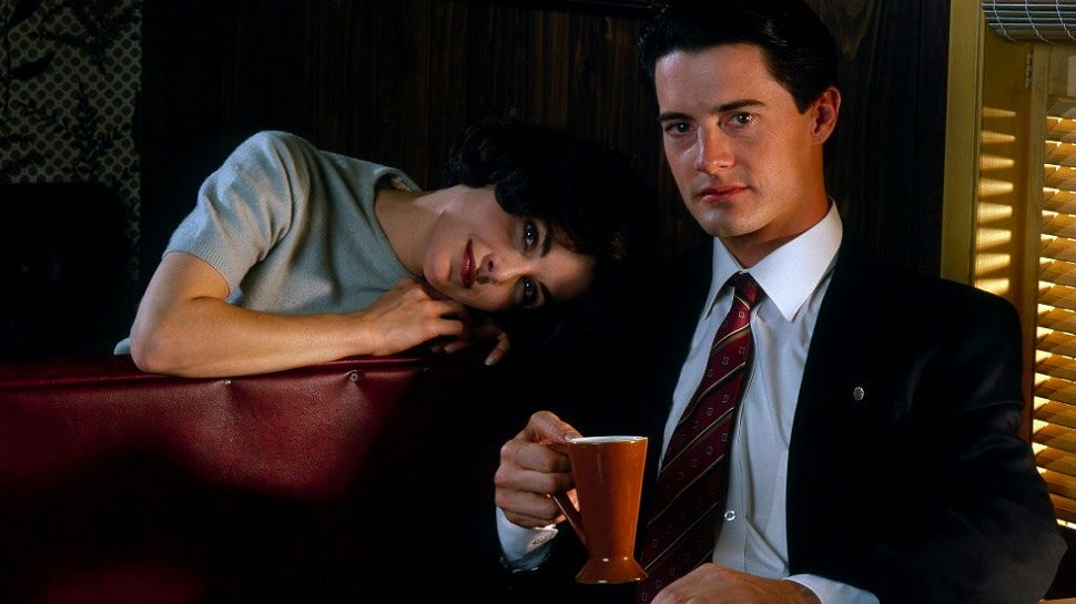 #TwinPeaks' 10 most essential episodes, ranked: https://t.co/gDljEOVX2T https://t.co/f46TdNeNQr