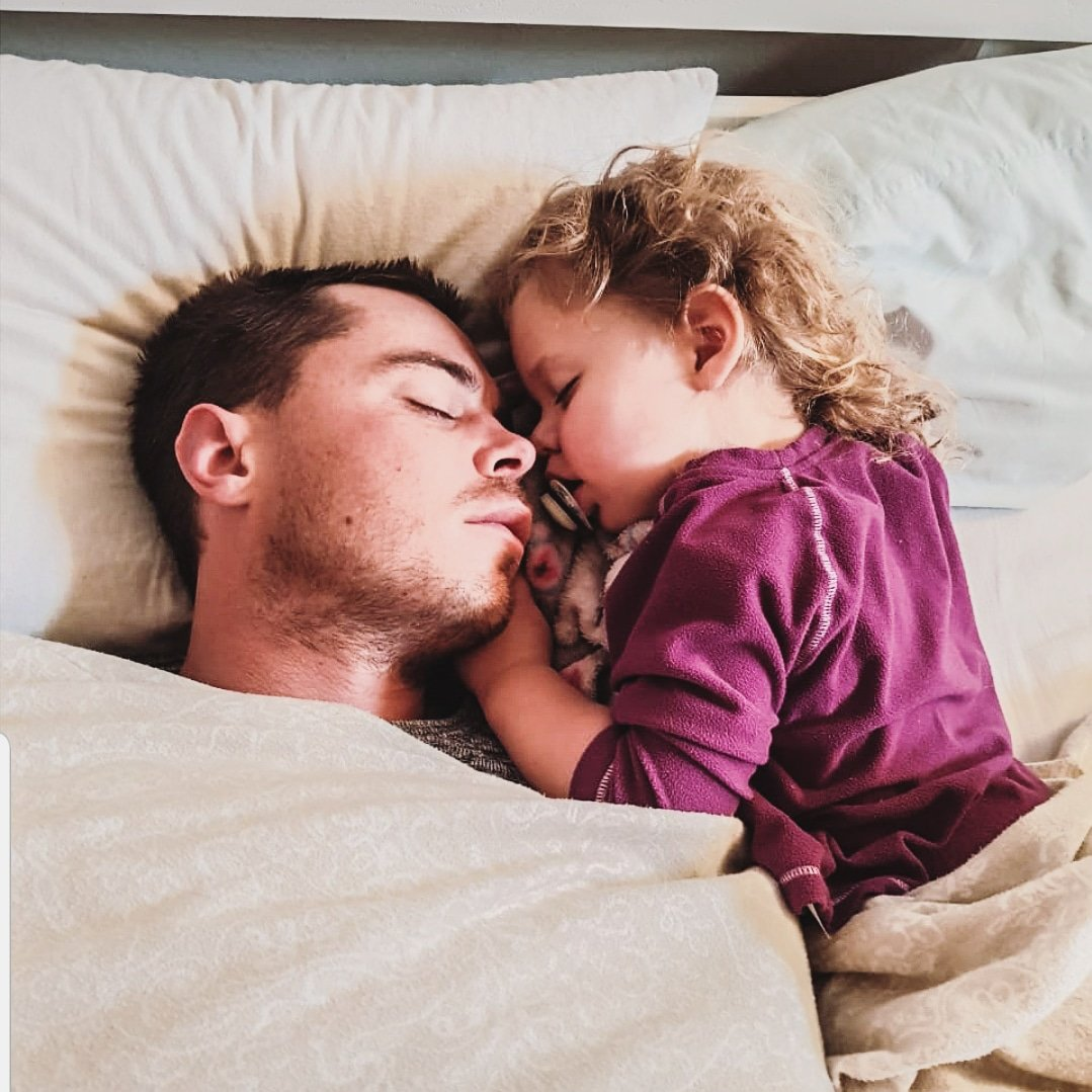 Ok, so sleep photos are never pretty but this one says a lot. ❤ My wife captured this moment while my daughter and I were asleep. This is how I wake up almost every morning and how I want to wake up for the rest of my life. #mygirl #fatheranddaughter #sleep #kids