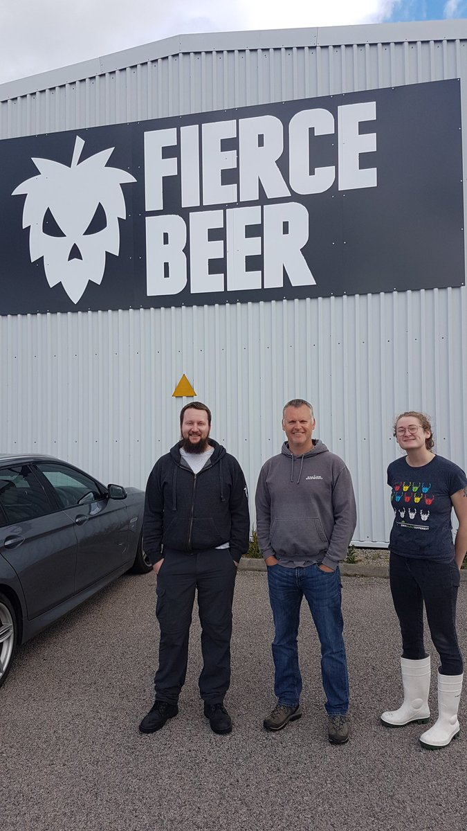 Image for Bit of celeb brewing at @fiercebeer HQ today ... @FallenBrewCo are in the hoose! https://t.co/XdxyQngr2n