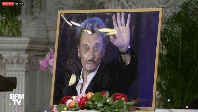 EN DIRECT #JohnnyHallyday Suivez la messe hommage pour les 75 ans de Johnny Notre FB Live >> Photo