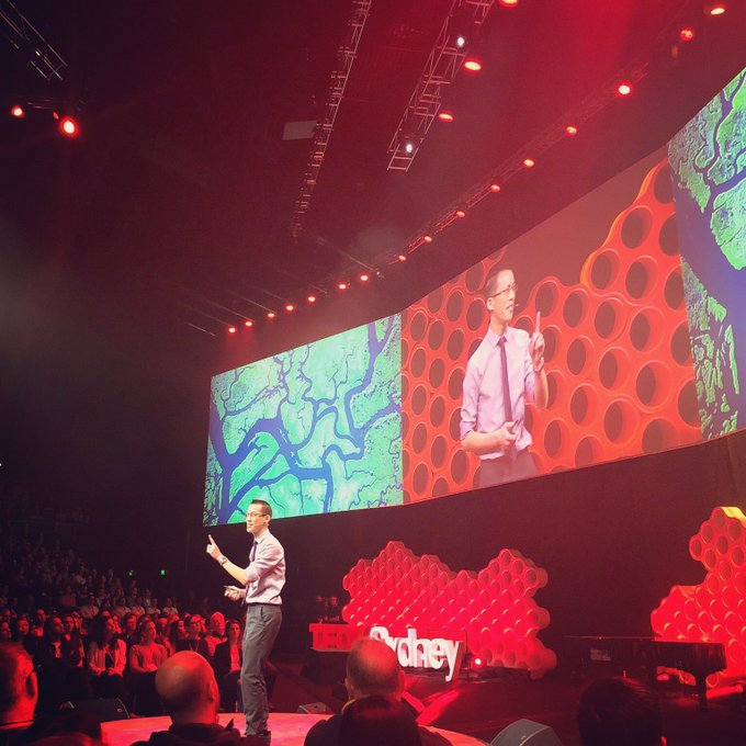 👁 Mathematics is a sense that allows us to understand & appreciate our beautiful world. Thank you @tedxsydney for the opportunity to shout this from the mountaintops! Photo