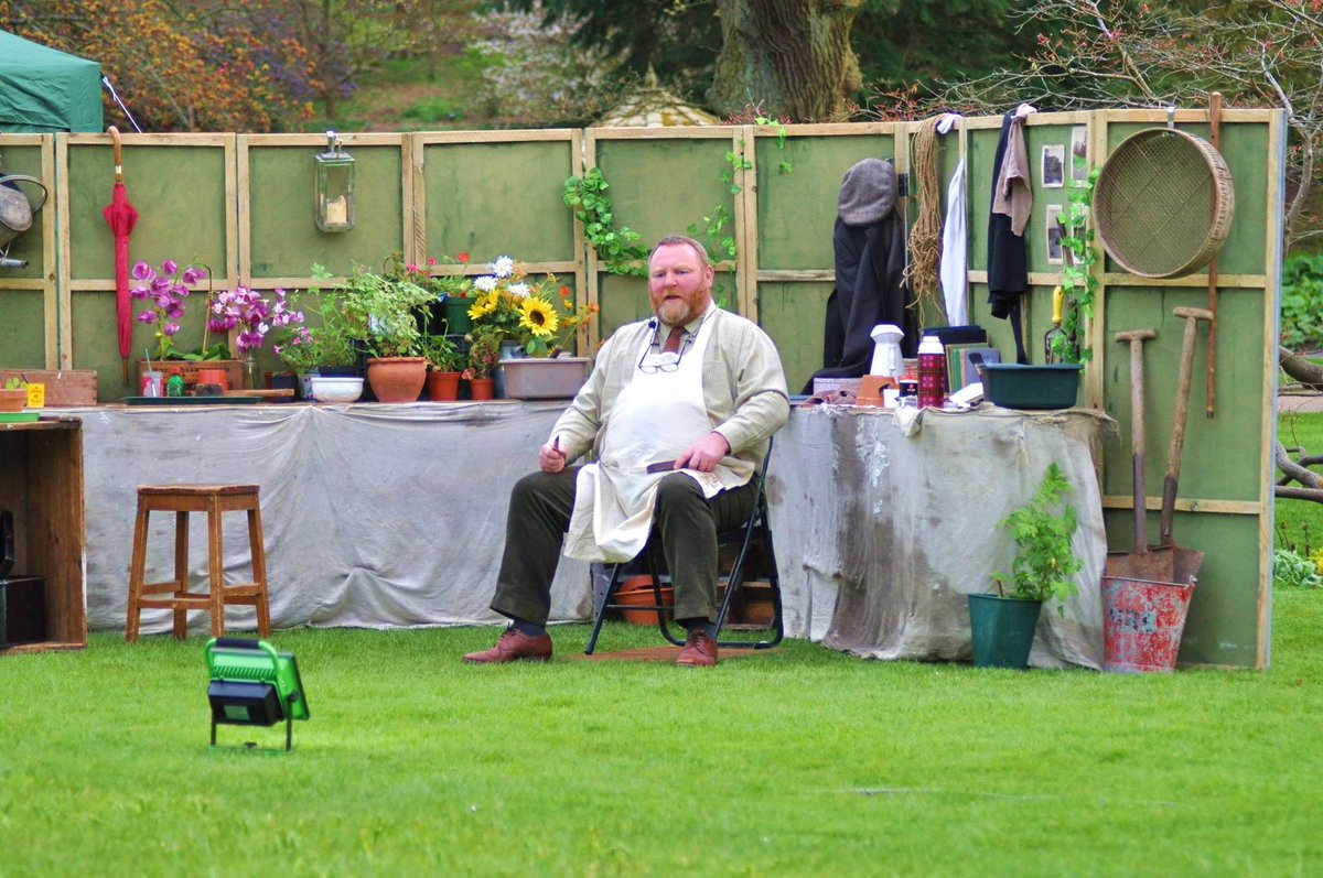 Diary date: Sunday 8th July 6.30 (doors open 5.30) Kick in the Head productions present 'Old Herbaceous' in the Walled Garden. Come and enjoy a glorious #summer evening in this #historic setting. Tickets from @TicketSource #openairtheatre