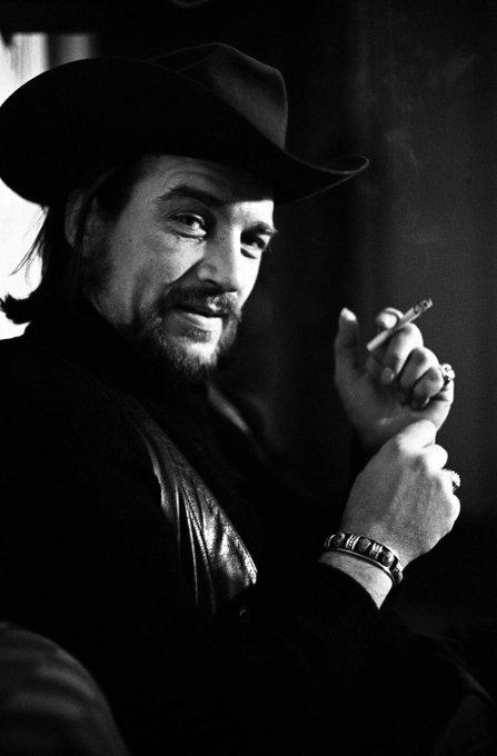Happy birthday, Waylon Jennings. Rowr.