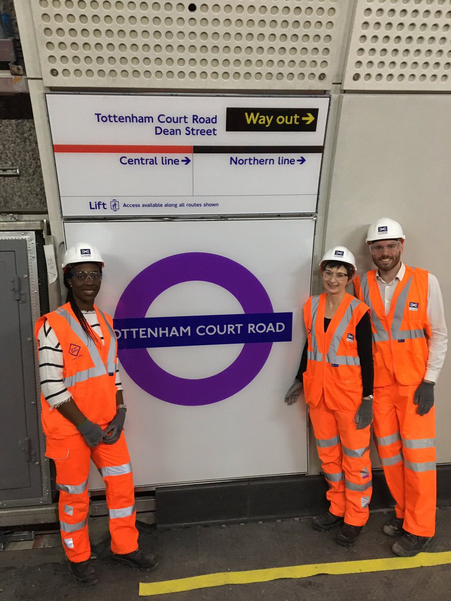 Dfv1UuWXkAEL cw - Crossrail misses off the Central Line!