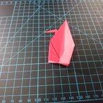 そうやって作ってたのか! 芸術的な折り鶴の秘密が解明される!