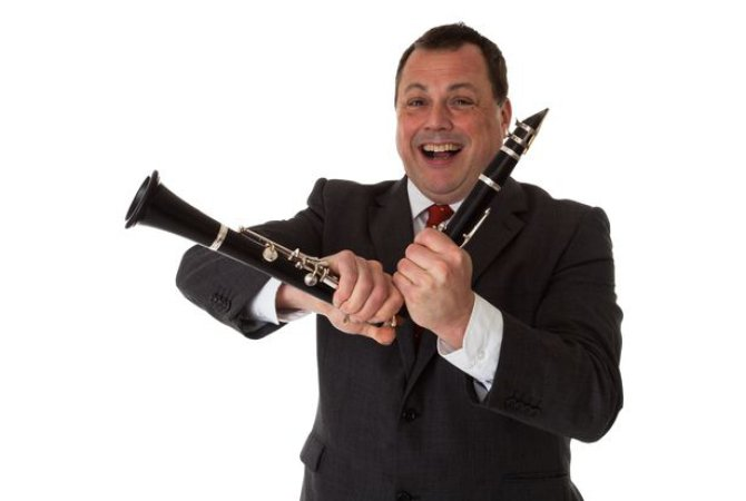 RT @randamag #Surrey MUSIC: On #Sunday24thJune,  #PeteLongandhisQuintet performs an evening of live jazz in the beautiful setting of the walled-garden in @LoseleyPark, #Guildford GU3 1HS. This event is in aid of bowel cancer charity @GUTS_fbc Tickets cost £12, visit https://t.co/J1XSer3SLI
