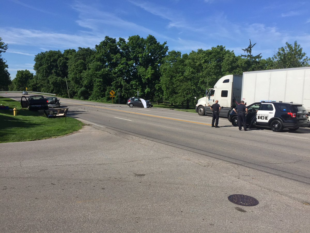 Wsyx Abc 6 On Twitter Update One Person Was Killed In Crash On Us 33 Riverside Drive The Road Remains Closed Between Zollinger Nottingham
