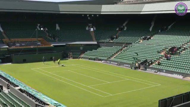 Preparing Centre stage ��  #Wimbledon https://t.co/83oV1wa3AO