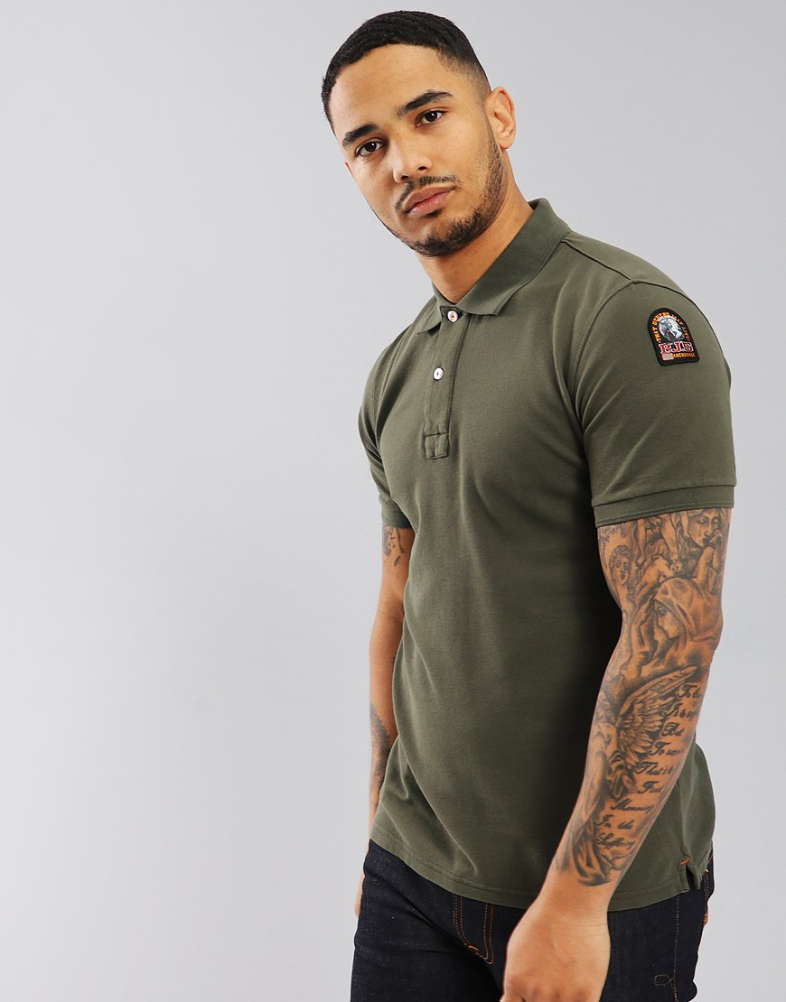 #Parajumpers patch polo shirt online now // Check out the summer collection here ~ https://www.terracesmenswear.co.uk/categories/Mens/Parajumpers/ …
