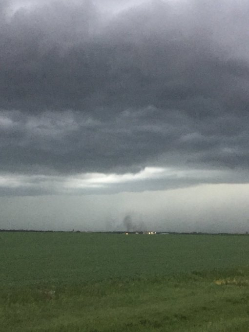Most interesting thing we saw yesterday was probably this gustnado near Manitou. #mbstorm Photo
