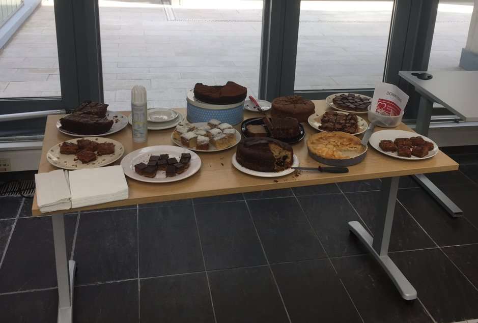 Thanks to everyone who came and bought some cake! We raised over £200 for the @TheBHF. It's now our turn on Sunday to ride #L2B18