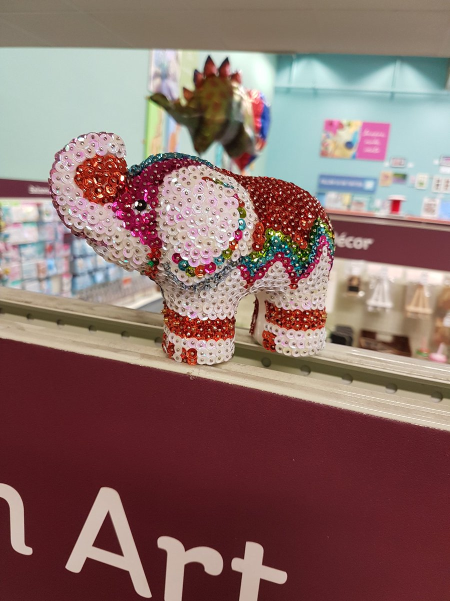 Sequinart hashtag on twitter our amazingcolleague sophie has made this beautiful sequin elephant why not try our sequin art kits yourself solutioingenieria Gallery