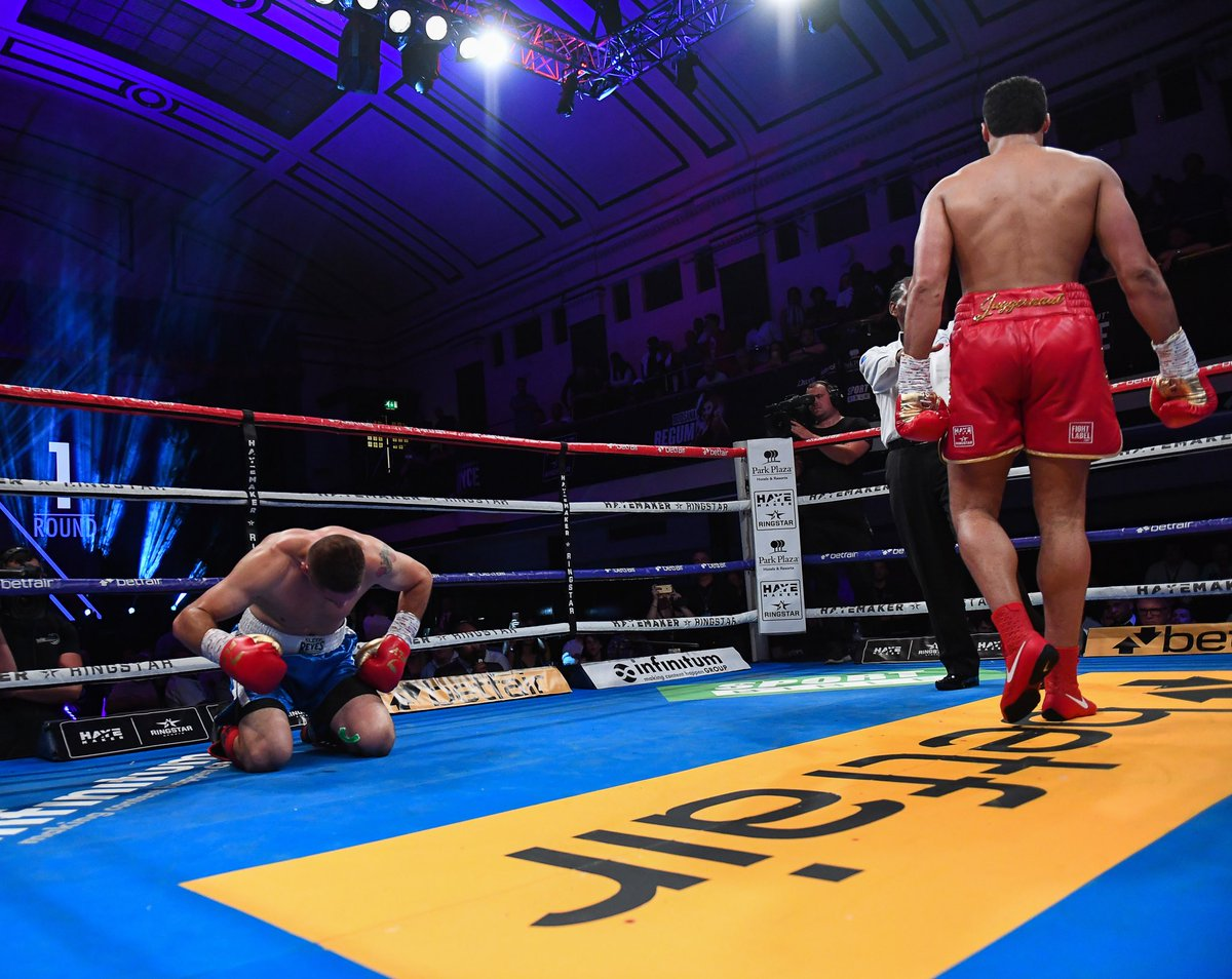 Another day, another opponent who simply couldn't handle the power of @JoeJoyce_1. A 1st round KO and The Juggernaut keeps on rolling.