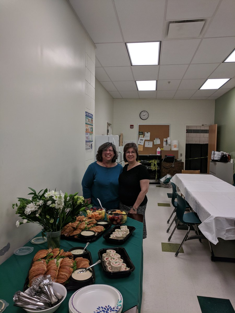Thank you to our custodians who work hard for Wakefield familes all year! We appreciate all you do and show with our annual lunch for custodians as a thank you. <a target='_blank' href='https://t.co/hafVQgAjc9'>https://t.co/hafVQgAjc9</a>