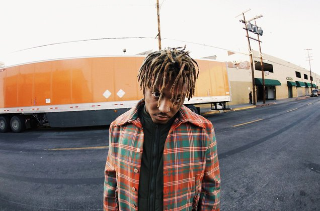 .@JuiceWorlddd's 'Lucid Dreams' challenging for No. 1 on @billboard #Hot100 next week https://t.co/L463A4nYjY 🔥💯 @Interscope