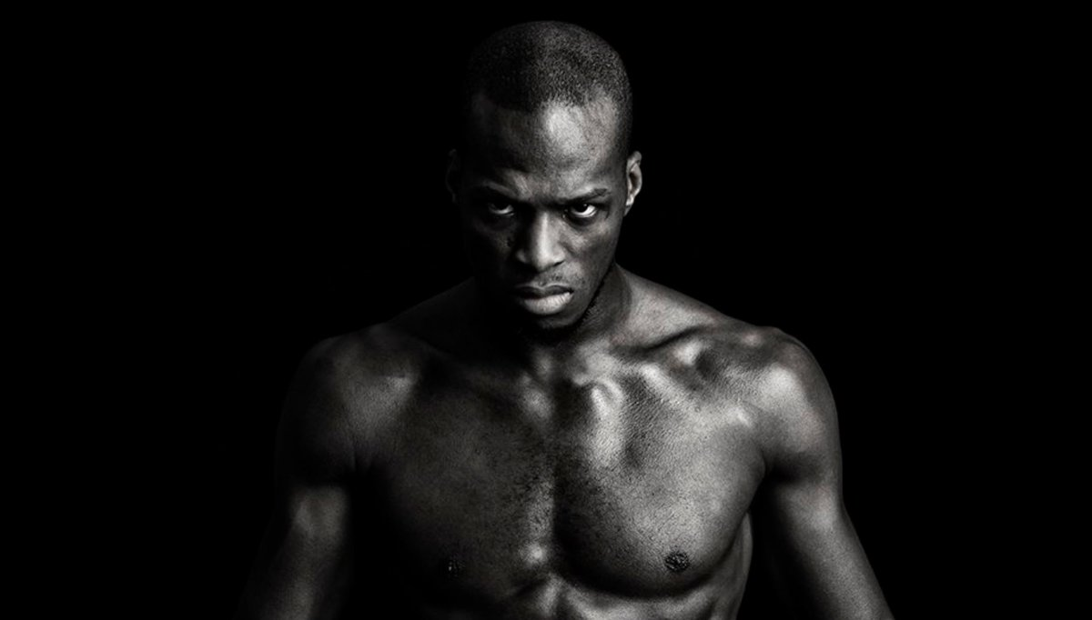 The moment is upon us. Michael Page (@Michaelpage247) steps into the ring now for his bout at Hayemaker Fight Night. #FightNight #HayemakerBoxing #GP 🥊🐍🇬🇧