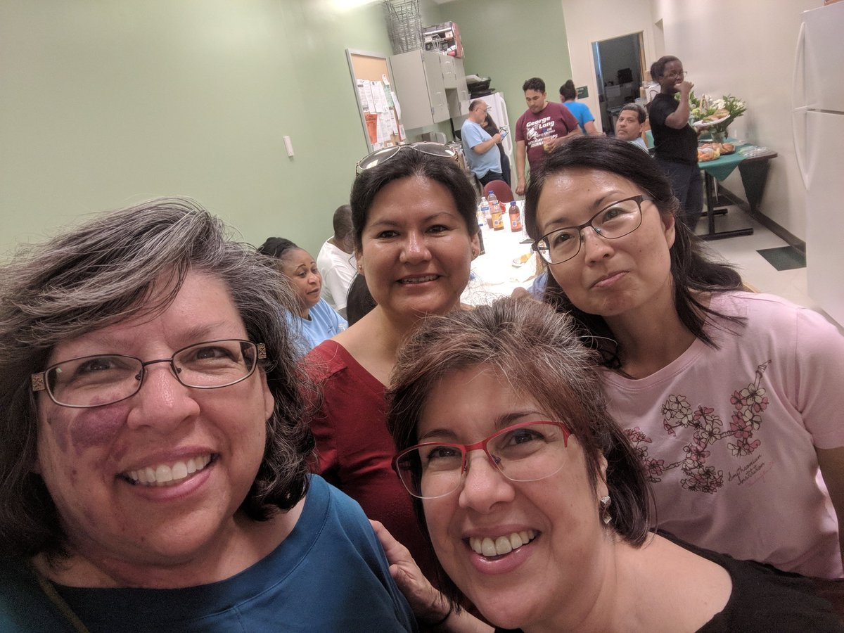 Thank you to the PTSA parents who prepared the lunch to honor our custodians. Thank you Mary, Gabriela and Aidee! <a target='_blank' href='https://t.co/EBbBaEwNqP'>https://t.co/EBbBaEwNqP</a>