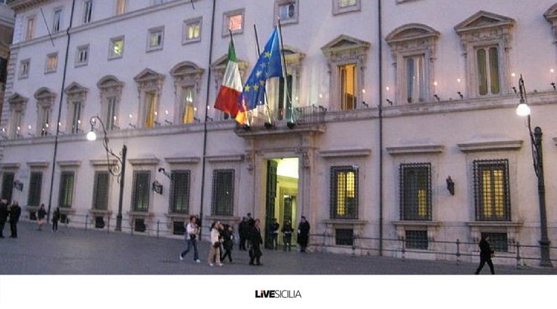 Da #Roma arriva il #Sì. Ex Province siciliane al #voto in autunnoLa #notizia su @LiveSicilia >>> http://bit.ly/2JSCP6I  - Ukustom