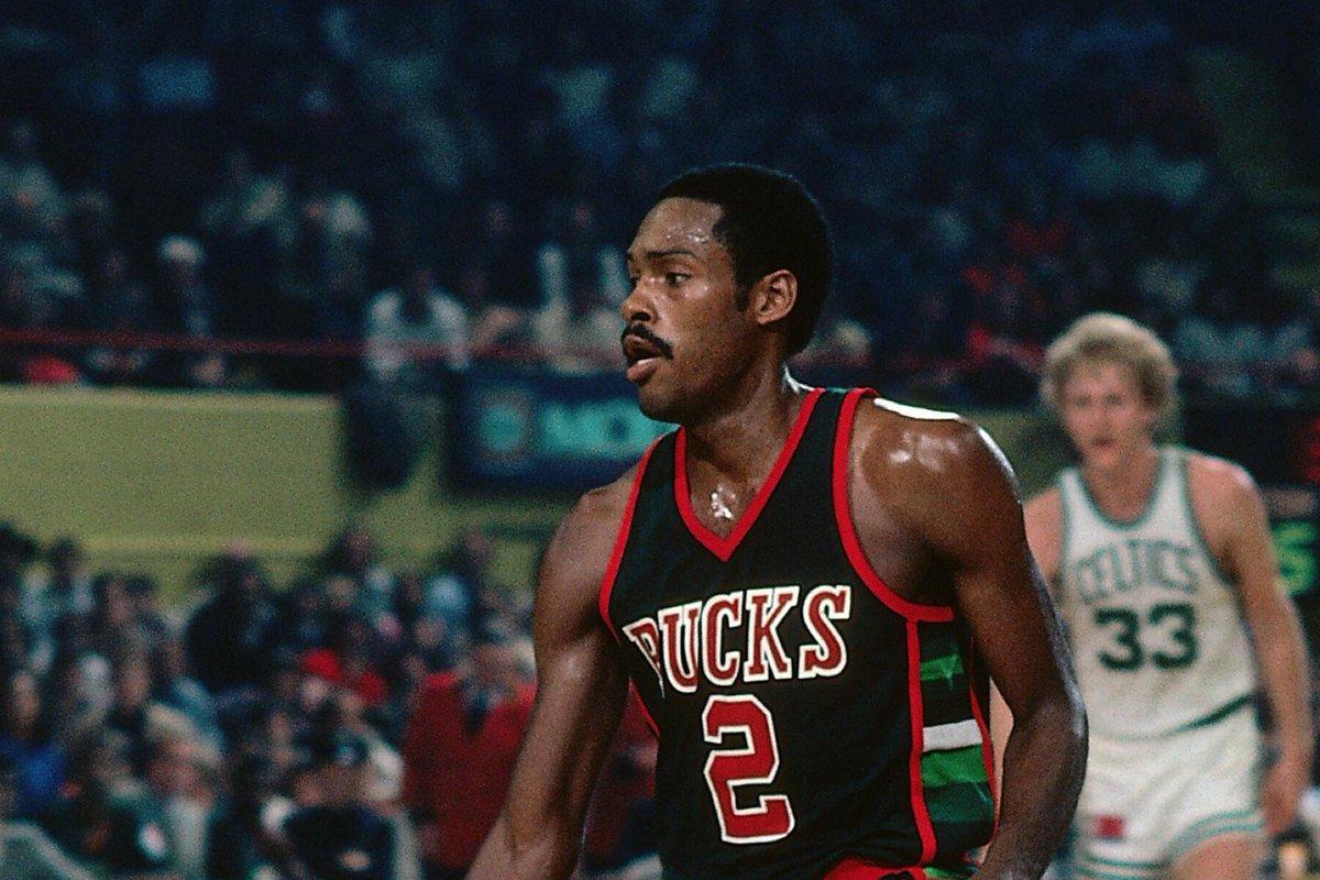 """Milwaukee Bucks (at 🏠) on Twitter: """"In 1980-81, Junior Bridgeman ..."""