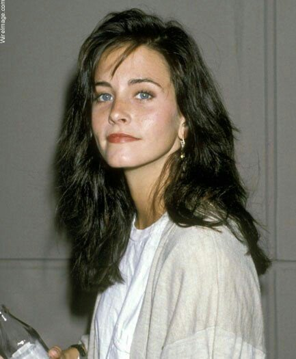 Courteney cox é uma deusa e eu posso provar (happy birthday hihi )