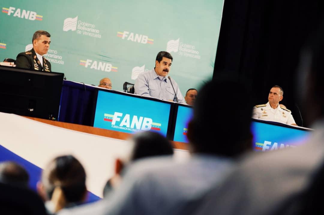 Maduro anunció incremento salarial para los militares del país