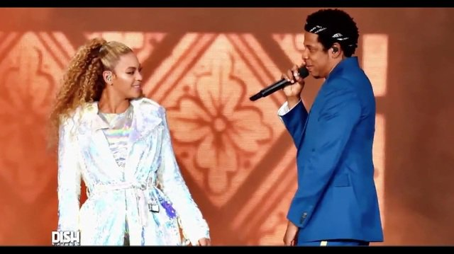 Beyonce & Jay-Z's tour is struggling to sell out https://t.co/H3vXXuBr0e https://t.co/af8w0cXPFQ