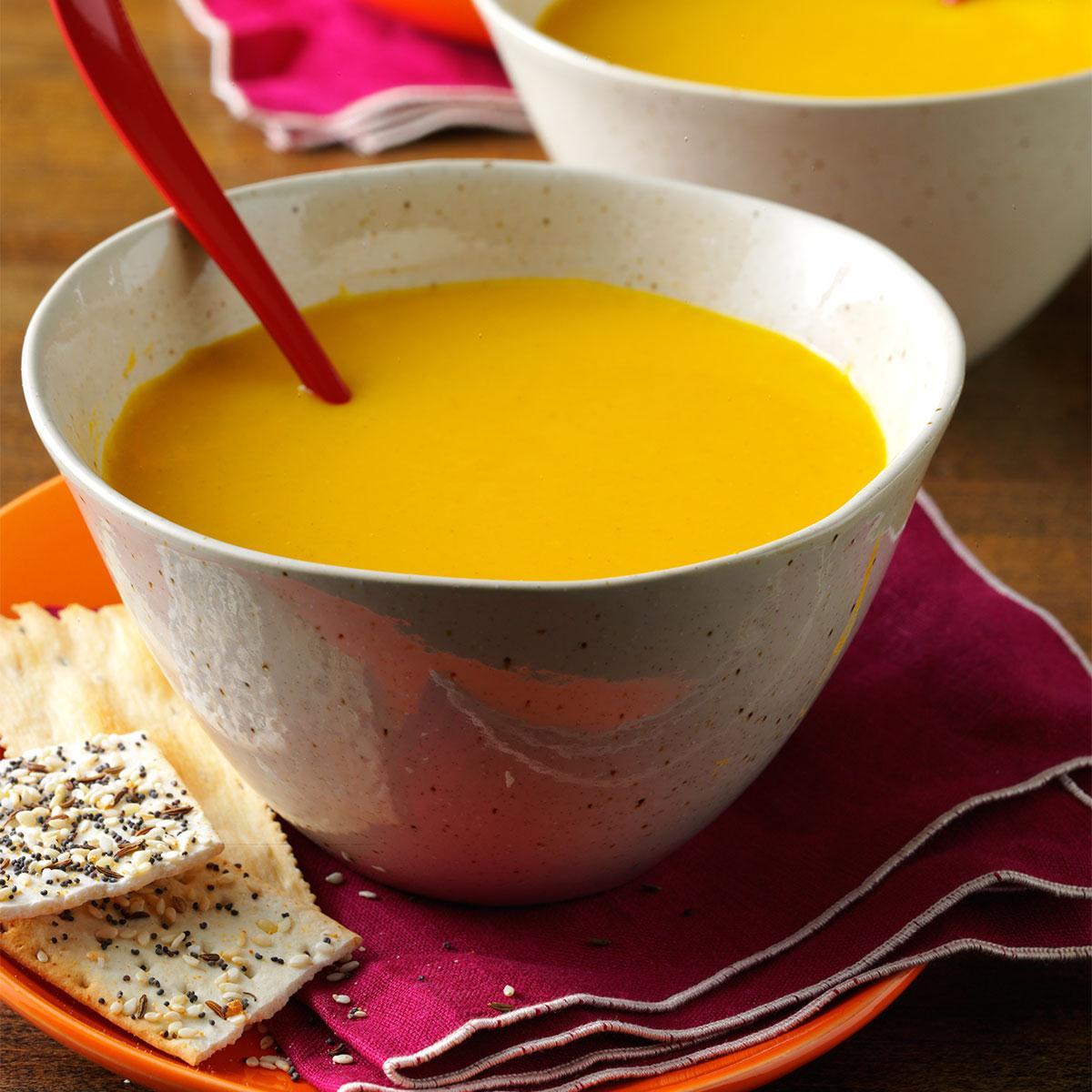 Apple Squash Soup. #soups #pumpkin #frenchfood https://t.co/RXjG6pNPfy https://t.co/l0j67b5J5s