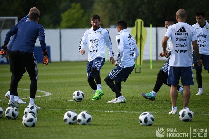 Месси поведет за собой сборную Аргентины в игре с исландцами в третий день #ЧМ2018 Фото