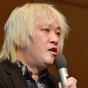 津田大介さんが以前と言ってることが違うという点については、「中の人が入れ替わってるから」説を推したい。