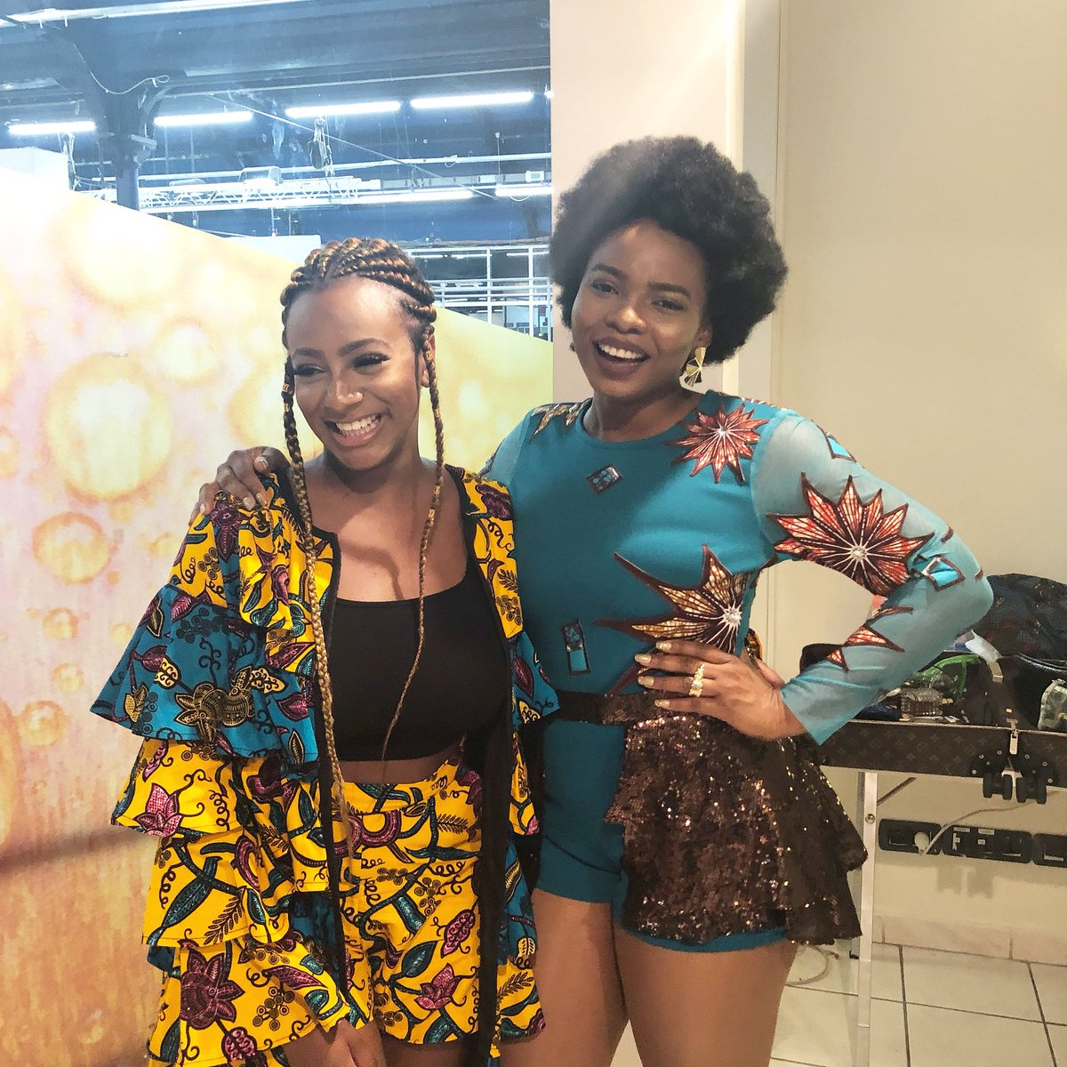 Mama Africa @YemiAladee 💛 Strong women lift each other up! 💪🏾 #AfricanQueen