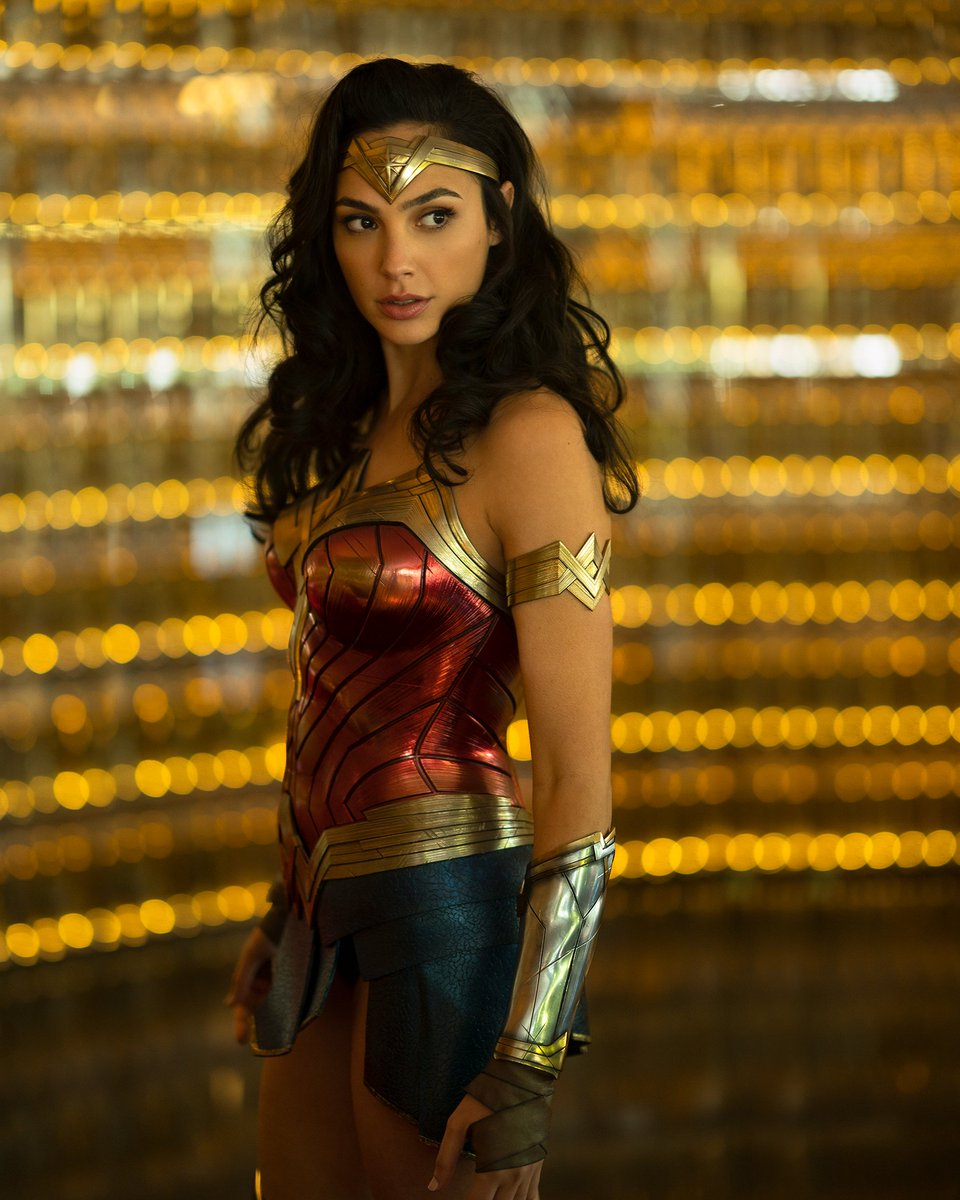 Unseen Photos of Gal Gadot from the sets of