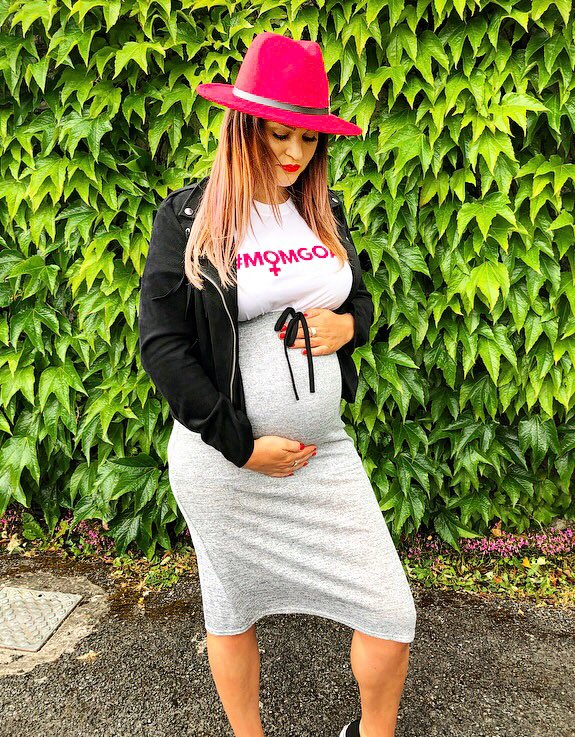 1d4ef21c74a5c For more #pregnancystyle inspo click on the link —> http://eatsleepchic.ie/ boohoo-maternity-clothing-haul-my-first-mommy-haul-eat-sleep-chic/ …